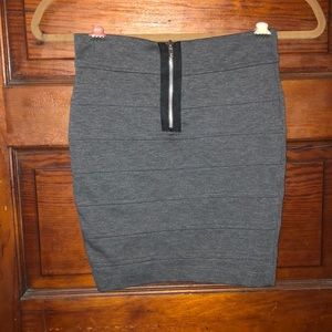 Short pencil skirt